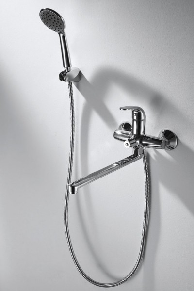 Смеситель Bravat Fit для ванны с длинным изливом (с аксессуарами)