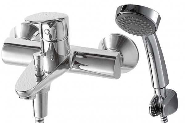 Смеситель Bravat Drop для ванны с коротким изливом (с аксессуарами)