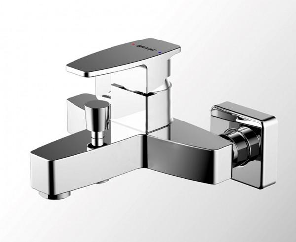 Смеситель Bravat Riffle для ванны с коротким изливом (без аксессуаров)
