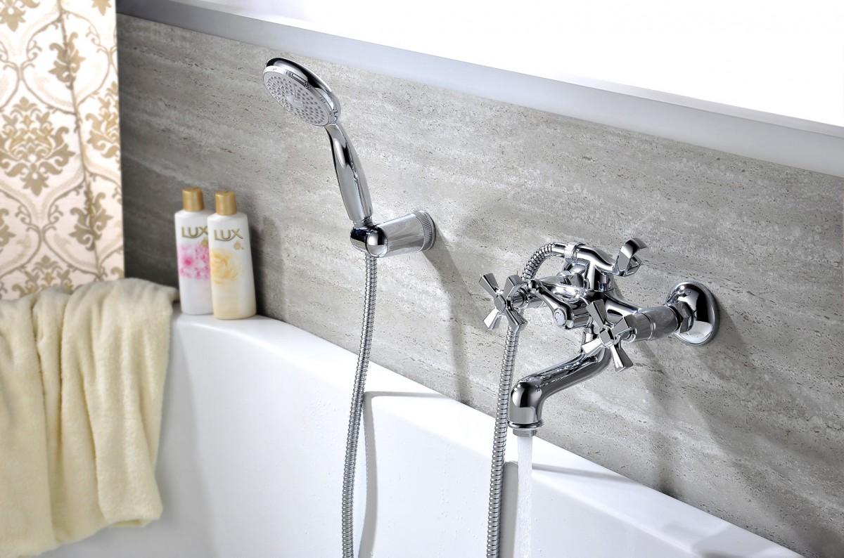 Смеситель для ванны Lemark Benefit с коротким изливом