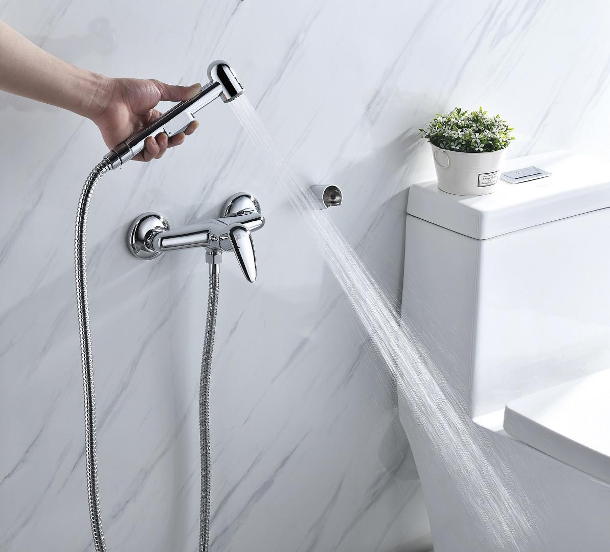Смеситель с гигиеническим душем Lemark Pramen настенный, хром