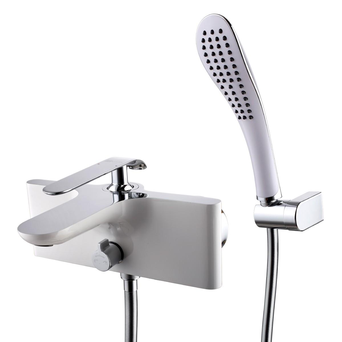 Смеситель для ванны и душа Lemark Melange с коротким изливом, хром/белый