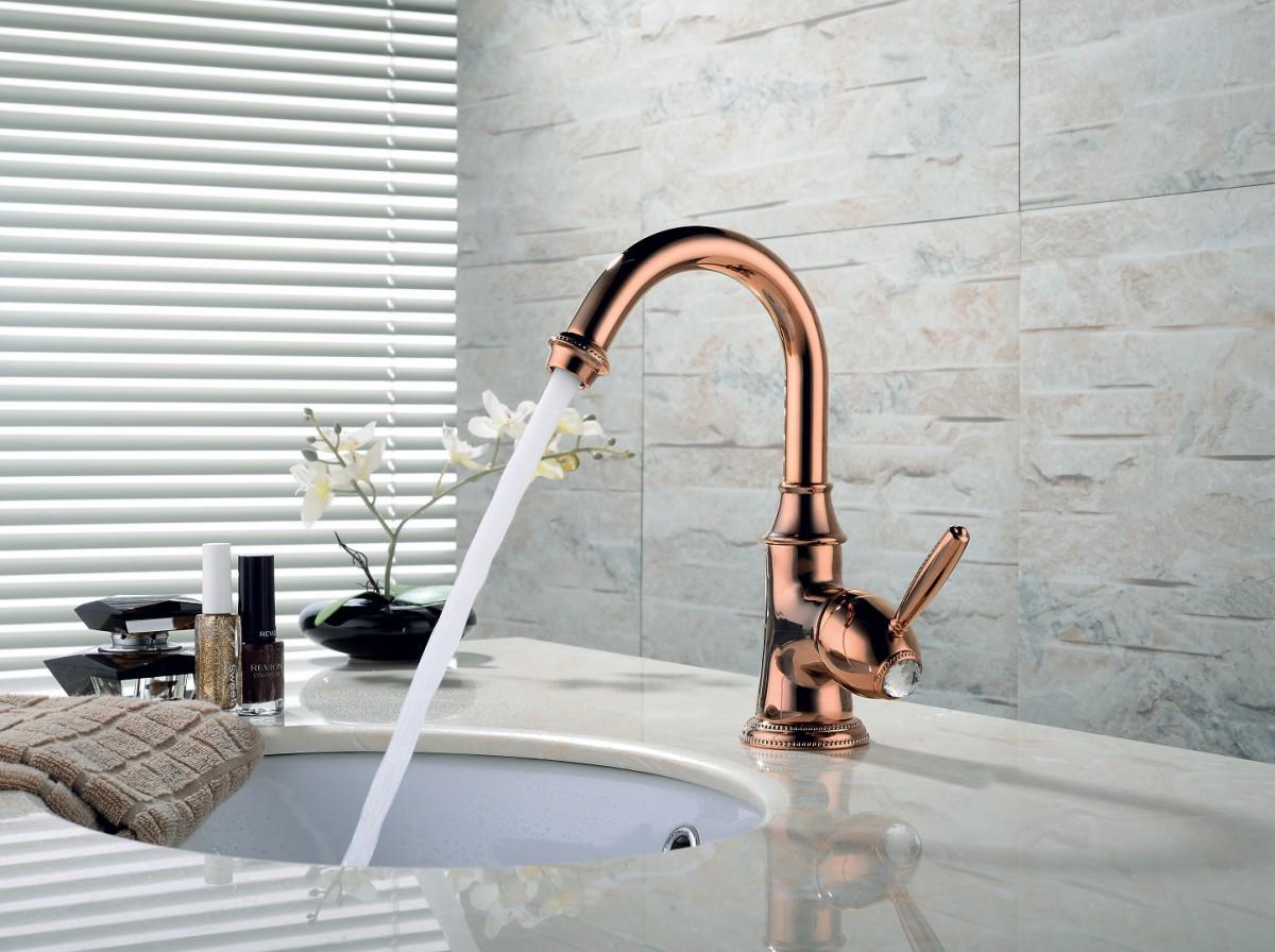 Смеситель для умывальника Lemark Spark с донным клапаном и поворотным изливом, розовое золото