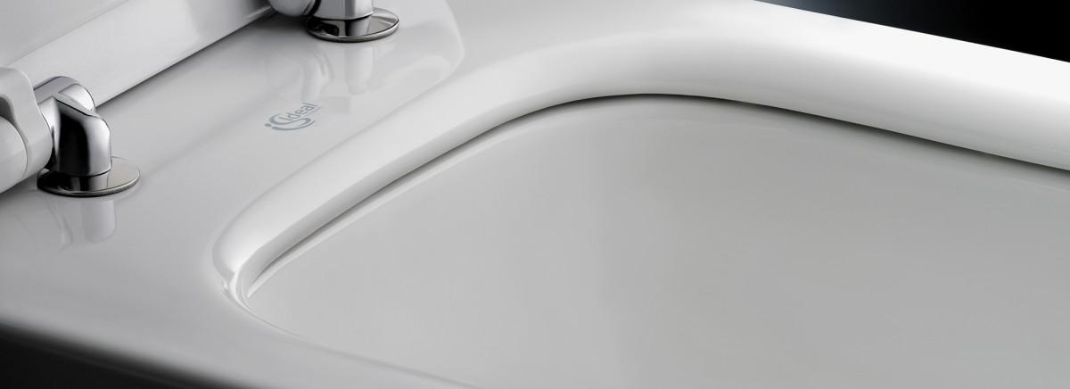 Унитаз подвесной Ideal Standard Tesi Aquablade c сиденьем-микролифт
